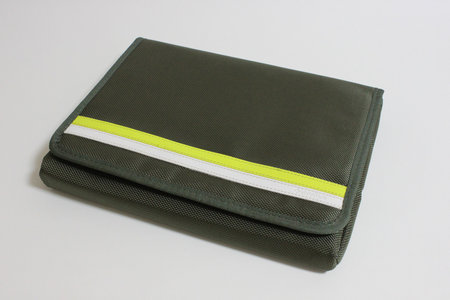 simplism_nylon_sleeve_case_1.jpg