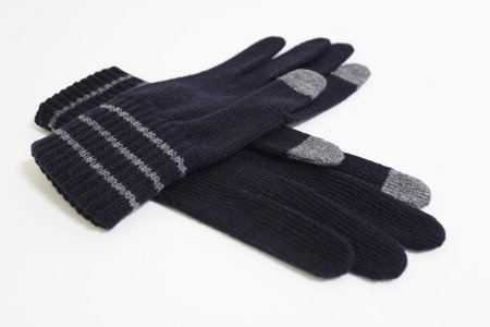 muji_knit_gloves_iphone_0.jpg