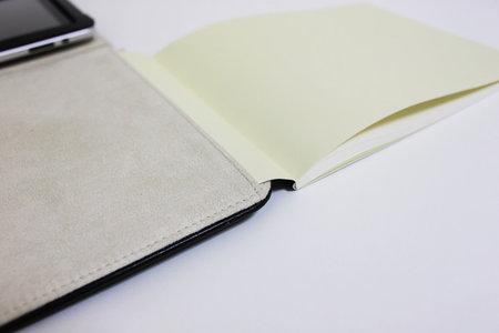 moleskine_folio_digital_tablet_cover_3.jpg