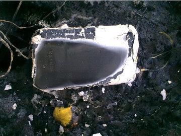 iphone_3g_fire_1.jpg