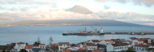 Horta with view of Pico