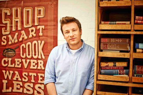 Schlemmen und sparen - Jamie Oliver weiß, wie's geht © sixx /Phil Fisk