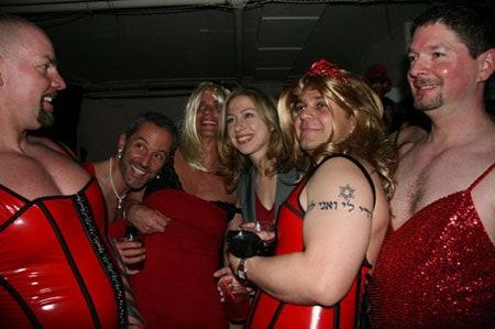 Chelsea_red_dresses