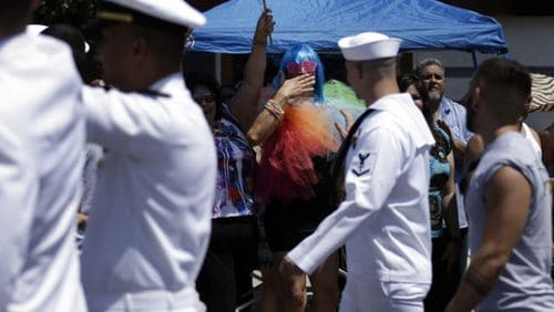 120721-gay_pride-military-San_Diego-AP865155212062_620x350