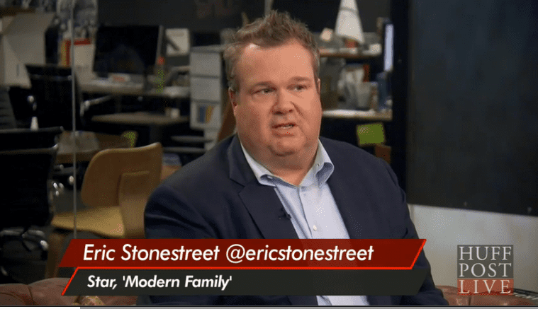 Eric stonestreet 39 cam is a bossy fussy bottom 39 towleroad for Eric stonestreet house