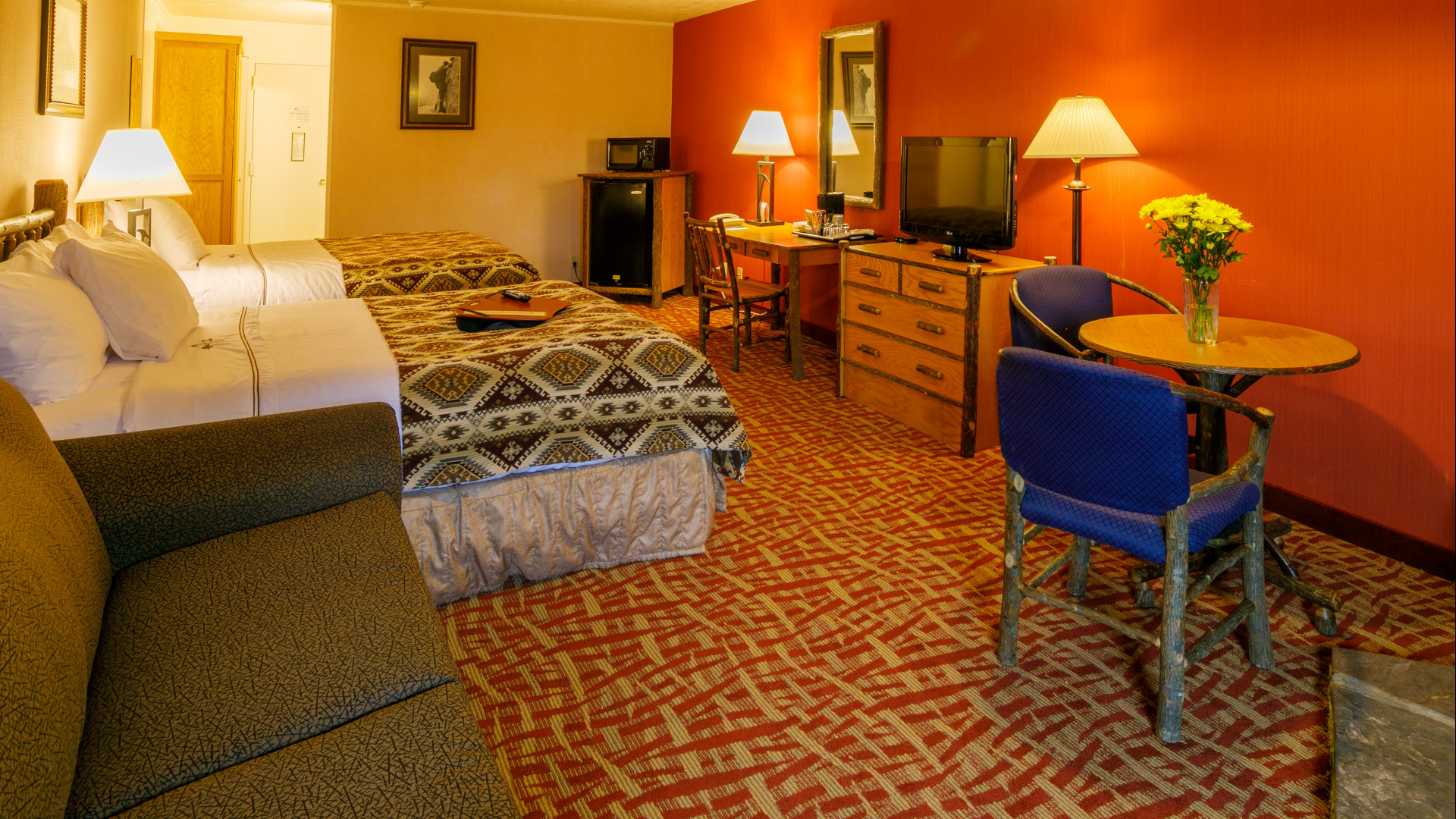 Compare Hotel Rates Compare Hotel Room Rates In Jackson Hole - Town Square Inns