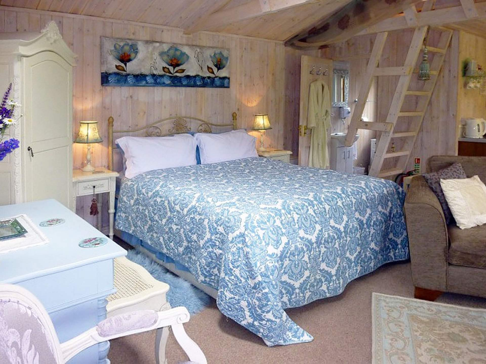 Bed And Breakfast Near Oxford Lakeside Town Farm Home Page