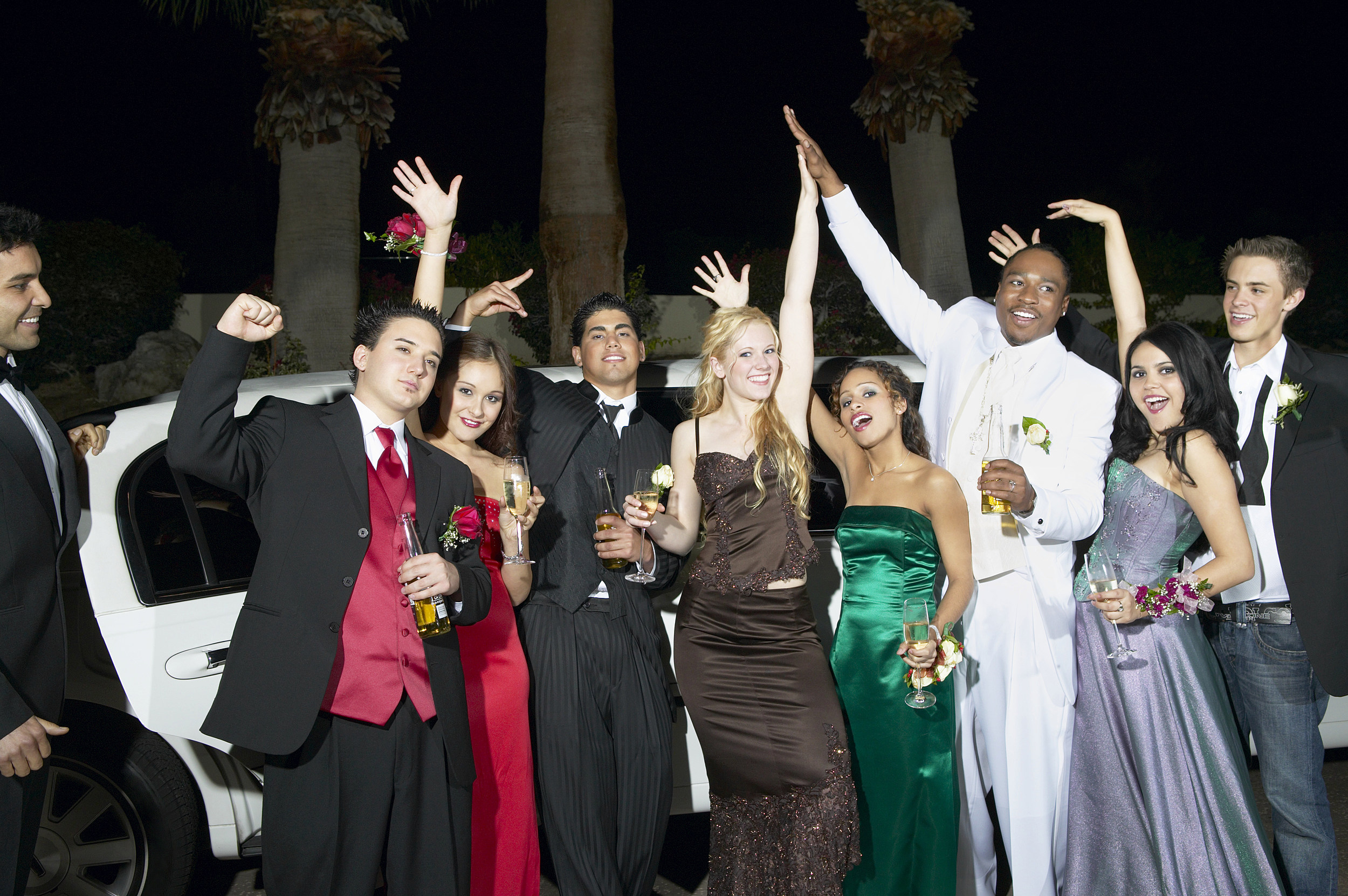 Limo Prom High School Bans The Use Of Limos For Prom