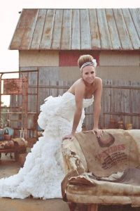 Wedding Dress Made out of Toilet Paper? | Tracye Hutchins ...