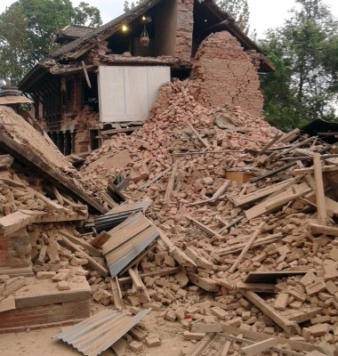Nepal-Eartquake-house-destroyed