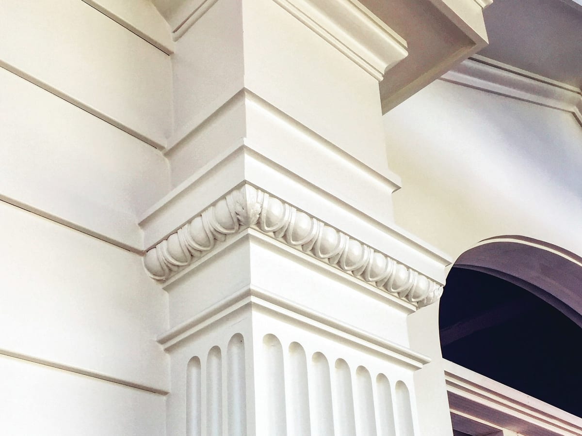 Using Moldings Traditional Building