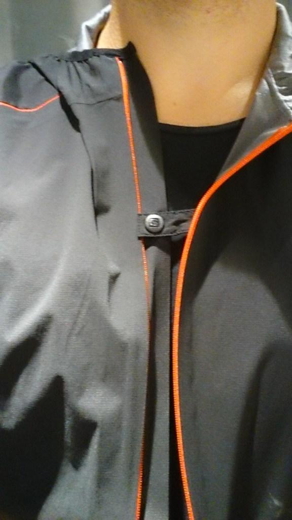 Hybrid Jacket Ventilationsknapp