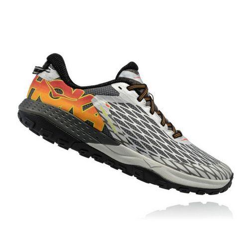 Hoka One One presenta las nuevas zapatillas Speed Instinct