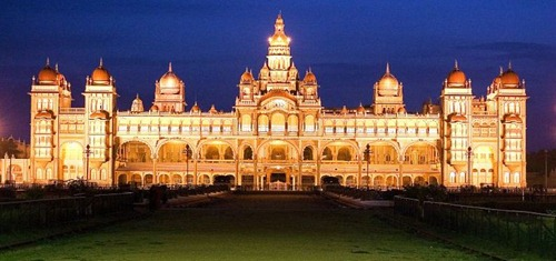 mysorepalace Top 10 Tourist Destinations in India