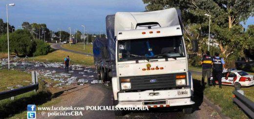 camion volcado pepsi