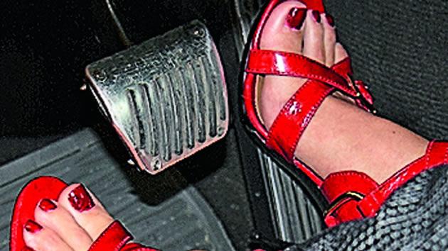 conducir-calzado-tacos