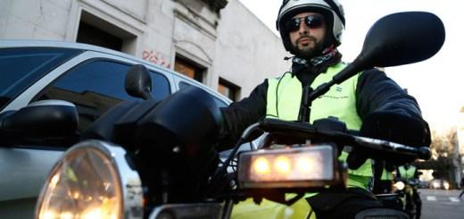 Inspectores de transito del Gobierno de la Ciudad - Multa casco - CABA - Buenos Aires - 1
