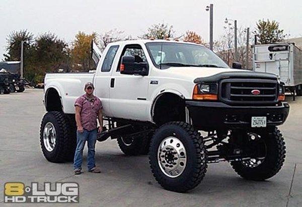 homem-carro-gigante