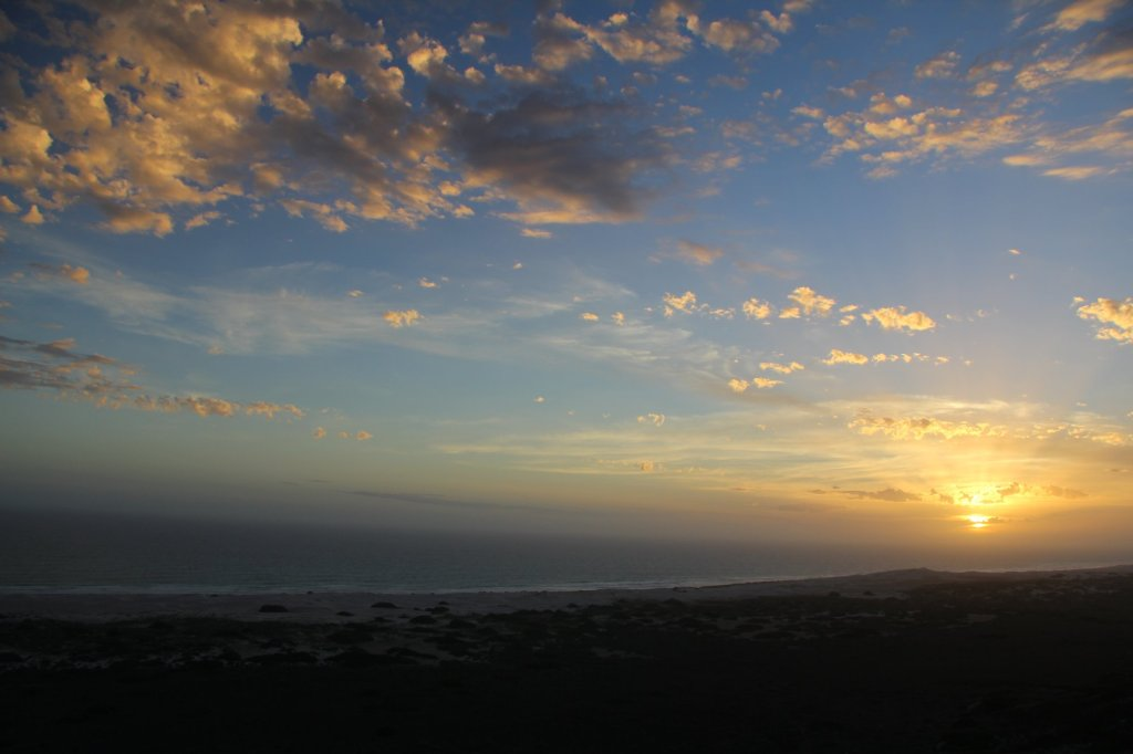 The sun sets over the Southern Ocean.  Great Australian Bight.