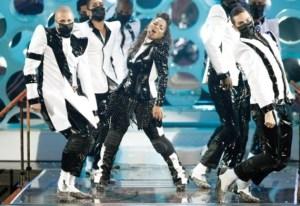 Janet Jackson at the 2009 VMAs
