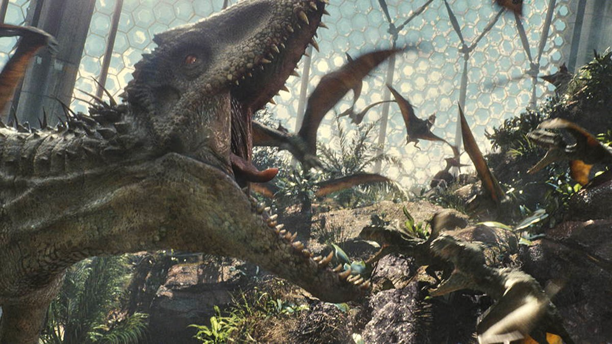 'Jurassic World' flawed but still fun