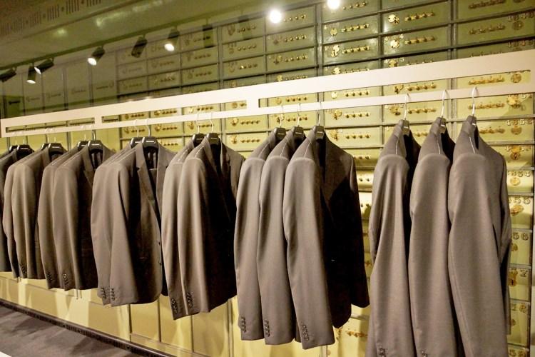 Modepalast mit Banksafe
