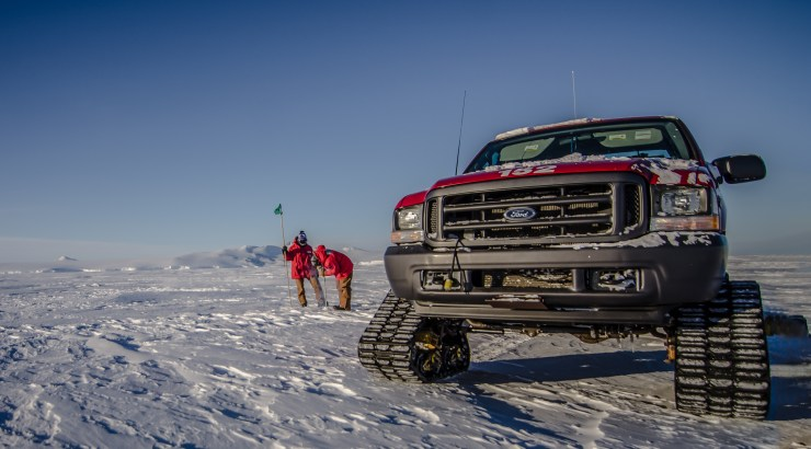 Flagging a route on the sea ice