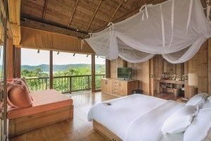 Soneva Kiri Private Cliff Pool Reserve 5BR (V.33) Guest bedr
