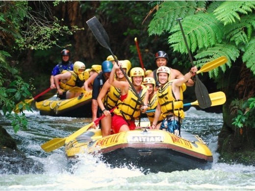 Steve Biggs of Biggsy Travels Rafting with Swedish friends in New Zealand