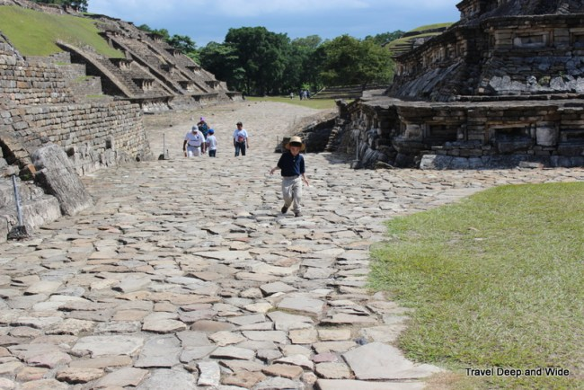 El Tajin Stony Paths