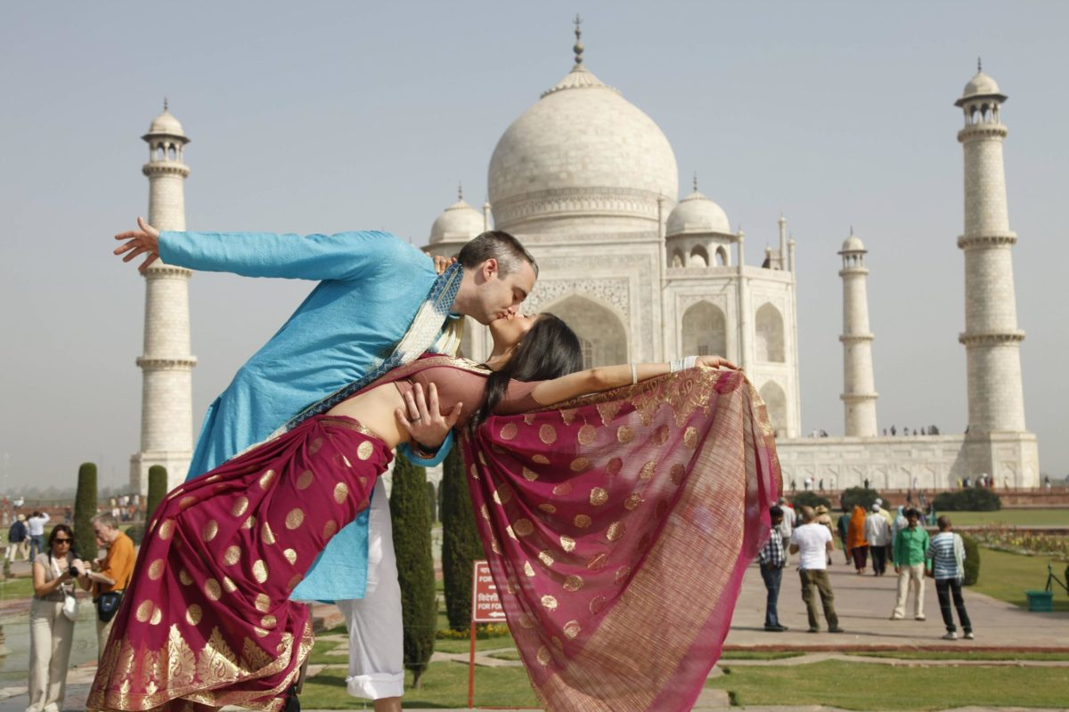 Holi Wallpaper With Quotes In Hindi What To See In Agra Must See Agra Attractions