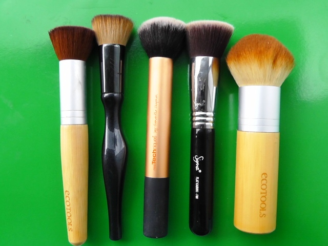 ecotools bronzer brush. left to right: ecotools buffing brush, sonia kashuk, real techniques, sigma f80 bronzer brush