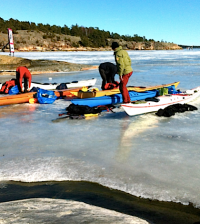 winter-kayaking-pageone