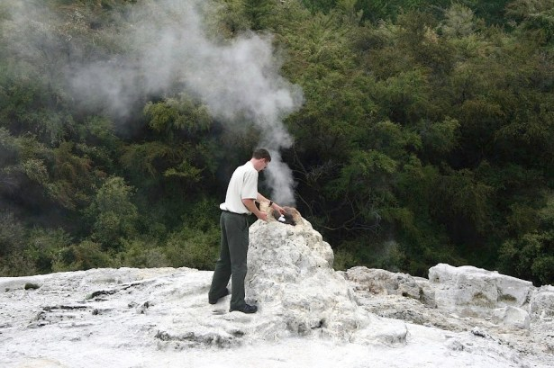 The park ranger at a Rotorua hot spring, New Zealand. Photo: TravelingReporter.com