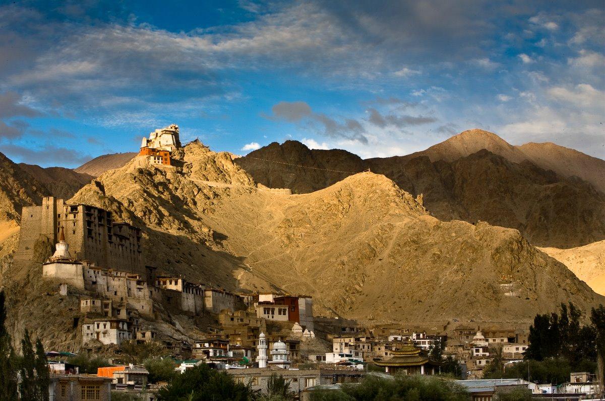 Hd Wallpaper Gautam Buddha Ladakh A Beautiful Place In Kashmir Travelling Moods