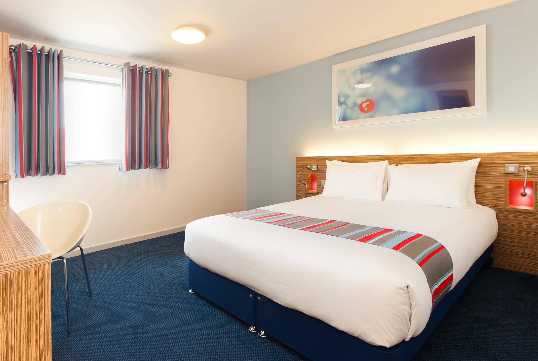 Bed And Breakfast Poole Harbour Travelodge Poole Hotel Poole Hotels