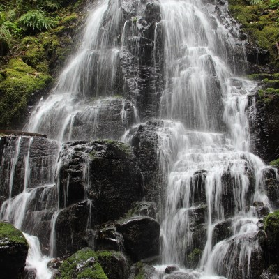 The Columbia River Gorge: Hiking Multnomah Falls