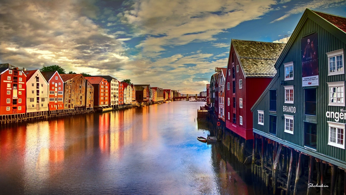 Fall Town Wallpaper A Day In Trondheim Norway