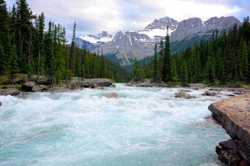 Mistaya River travel in Canada