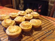 Easy pastry mincemeat pies
