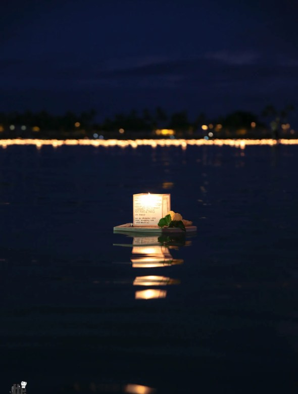 Floating Lantern Ceremony Honolulu Hawaii 2014 -11