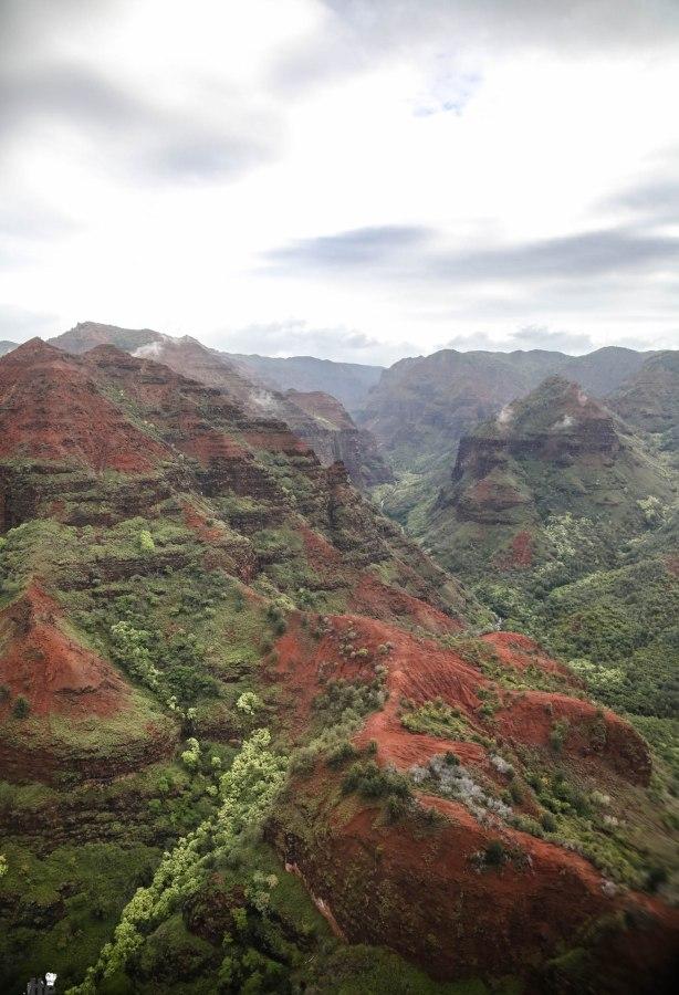 Safari Helicopter Tour Kauai-Mica Ivealis TTE-7