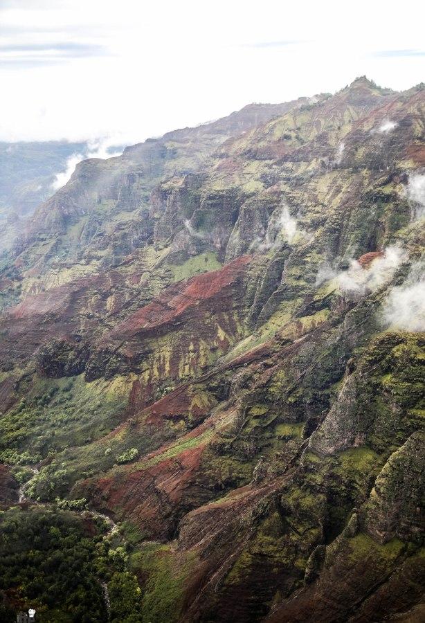 Safari Helicopter Tour Kauai-Mica Ivealis TTE-9