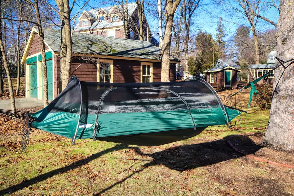 all in one camping hammock the ultimate lawson camping hammock review   travel to blank      rh   traveltoblank