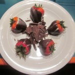 Chocolate-Covered-Strawberries-Norwegian-Star