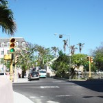 Nassau-Bahamas-Street-Lights-TravelXena