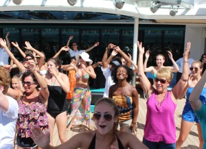Dancing-on-Deck-Royal-Caribbean-Jewel-of-the-Seas-TravelXena