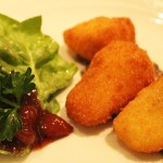 Fried-Brie-Appetizer-Manhattan-Room-TravelXena-3