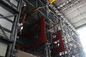 vehicle_assembly_building_vab_nasa_travelxena_18