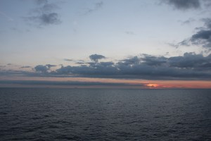 oil_rig_norway_sunset_travelxena_6